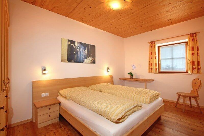 ferienwohnung-afers-schlafzimmer1