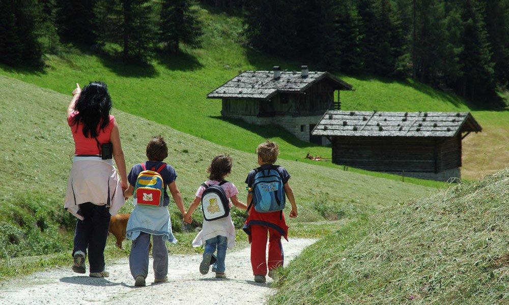 Abenteuer und Unterhaltung im Kinderurlaub auf dem Bauernhof