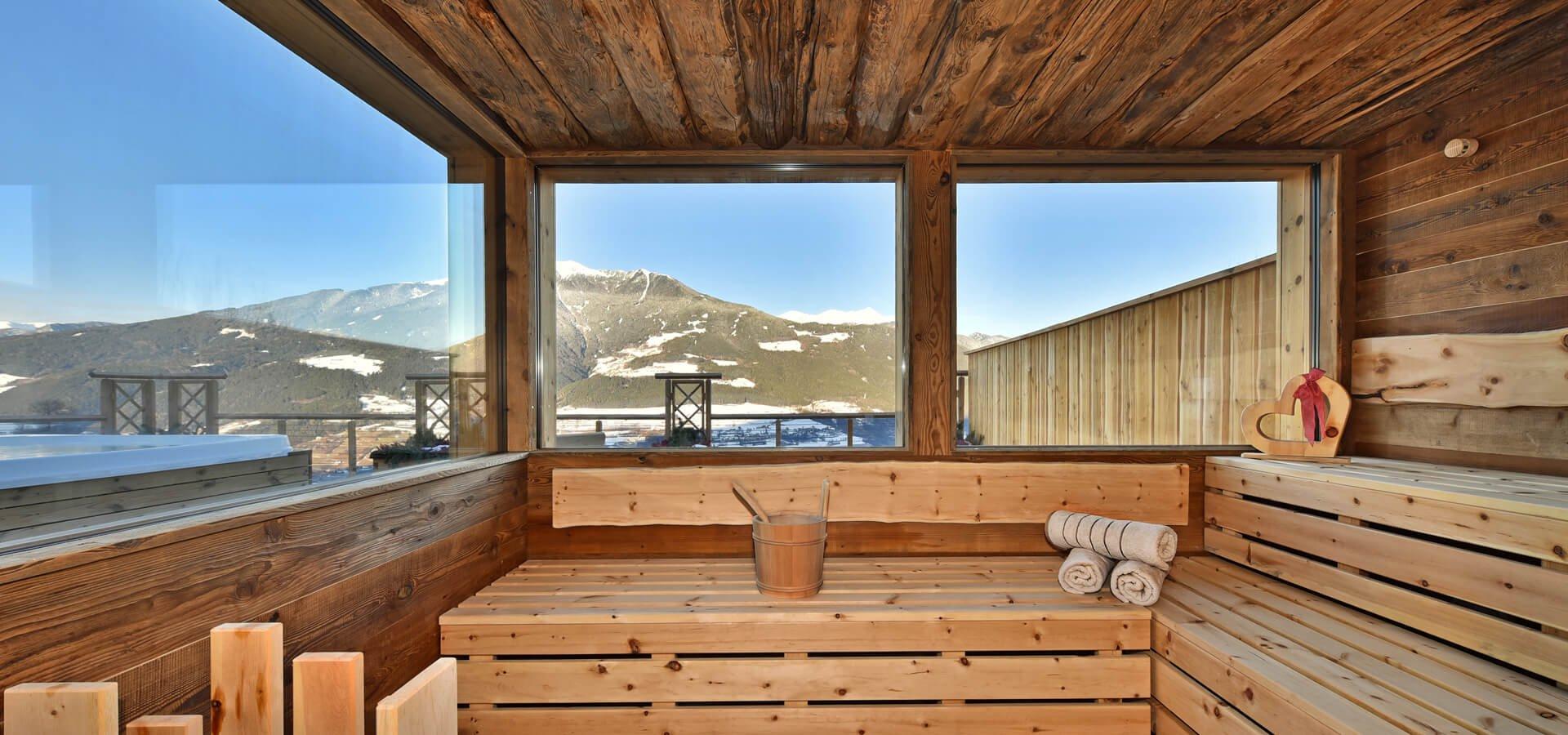 wellnessbauernhof-suedtirol-sauna
