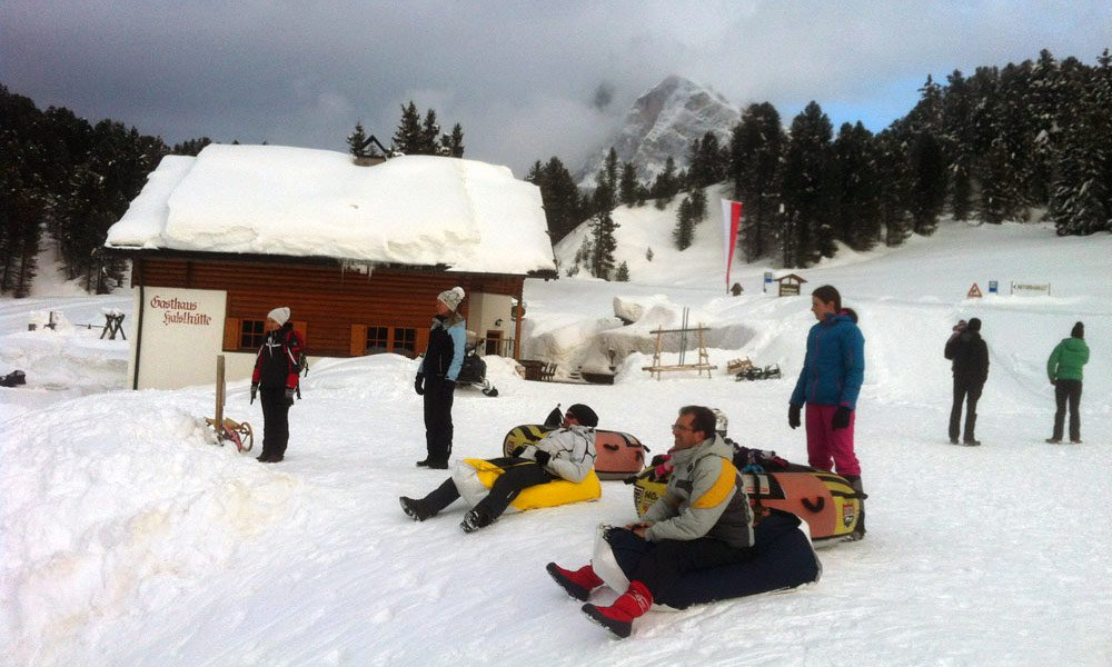 Our Excursions: Winter hike to the lodge Halslhütte
